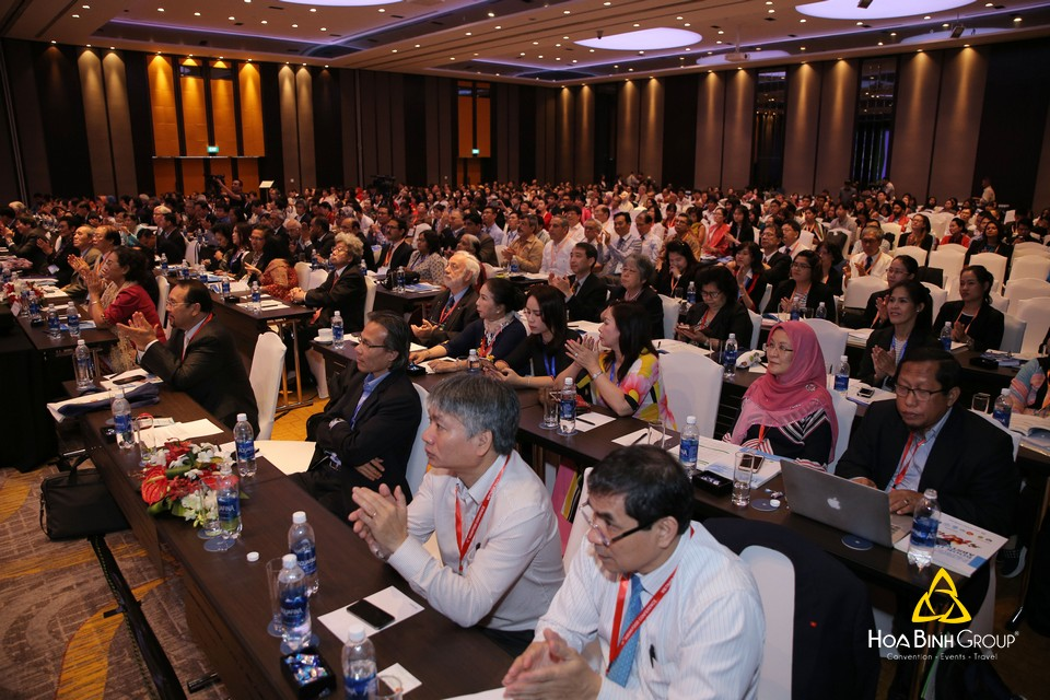 http://hoabinh-group.com/tin-tuc/asean-food-conference---hoi-nghi-luong-thuc-asean-lan-thu-15.html