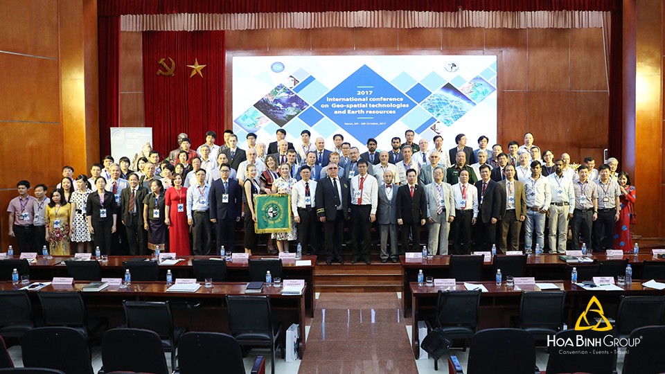 Hội nghị quốc tế Geo-Spatial Technologies and Earth Resources (ISM-2017)